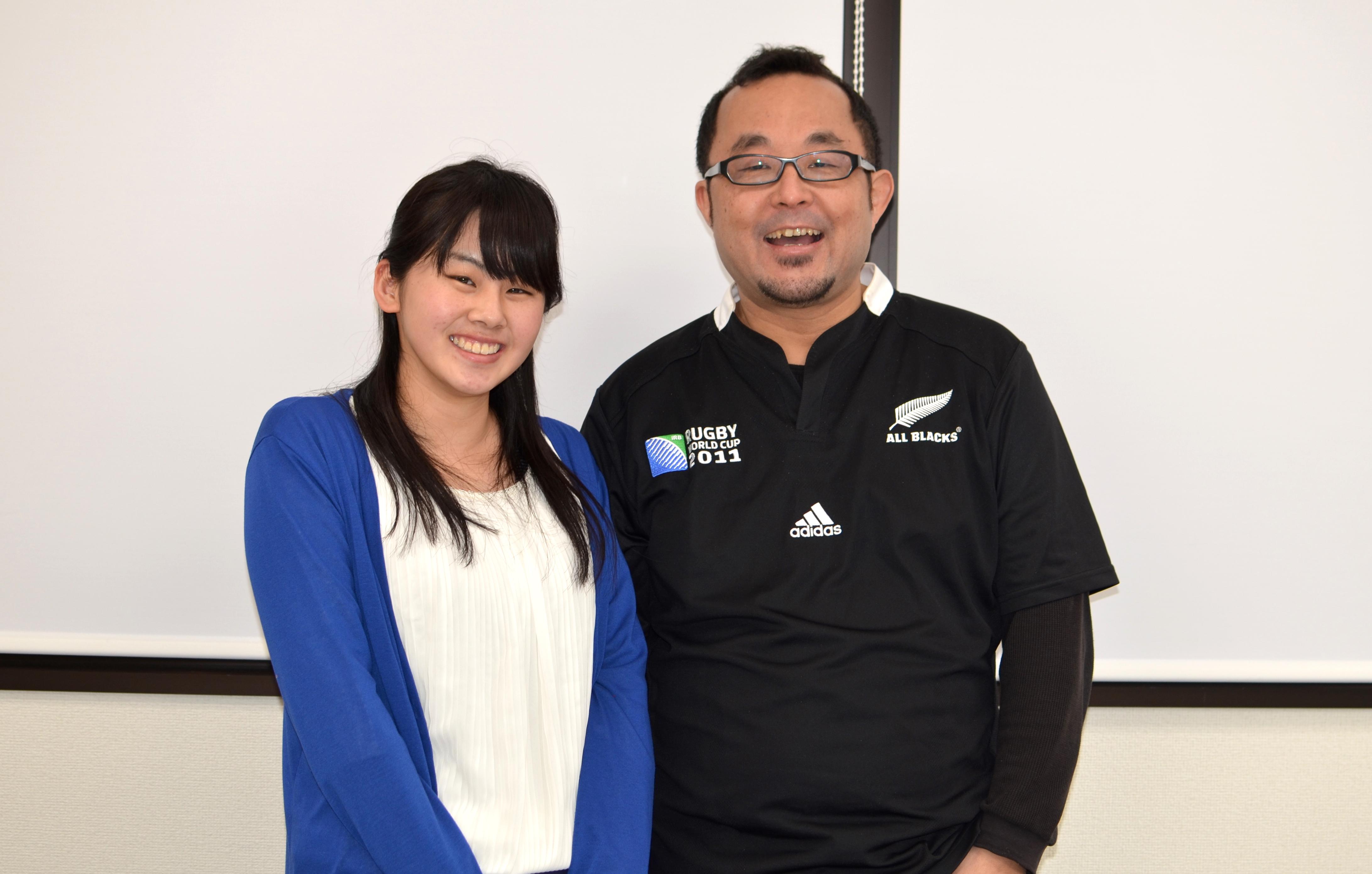 チカラでインターン中の生島江里子さんと栗田さん。親子みたいに仲良し